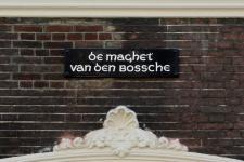 Juni 2010 - restauratie en reconstructie naambordjes - 's-Hertogenbosch